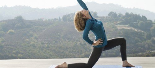 8 Ways Yoga Helps Mature Adults Age More Gracefully