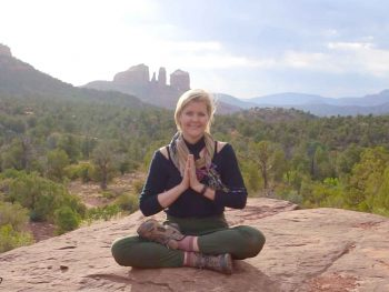 Atlanta Yoga Teacher Hope Knosher Teaches 5 Minute Heartfelt Breathing Practice For Stress Relief